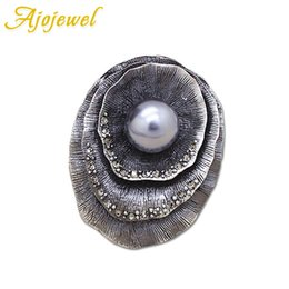 Wholesale small brooches pearls - Ajojewel Big Flower Old Plant Brooch Pins White&Gray Simulated-pearl Small Black Rhinestone Fine Jewelry For Ladie Birthday Gift