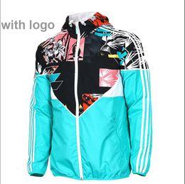 Рекламная куртка онлайн-2018 осень Марка мужские дизайнерские куртки открытый спорт AD куртка Higt качество мужской ветровка молодежи мужская толстовка с капюшоном Бесплатная доставка