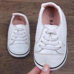 factory price 55055 cbfba mädchen weiße tennisschuhe Rabatt Baby Mädchen Lederschuhe Krippe Schuhe  Kleinkind Infantil Zapato Baby Turnschuhe weiß rosa