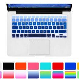 2020 capa de capa de silicone macbook pro Soft Case Teclado de silicone do arco-íris da pele capa protetora para MacBook Pro Ar Retina 11 13 15 17 Waterproof Dustproof US Ver OEM desconto capa de capa de silicone macbook pro