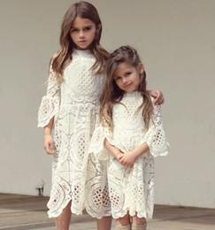 DHL Free 2018 Mädchen weiße Spitze Kleid Flare Sleeve Stand Kragen einfarbig Spitze Prinzessin Kleid Mädchen elegante weiche Sommer langes Kleid