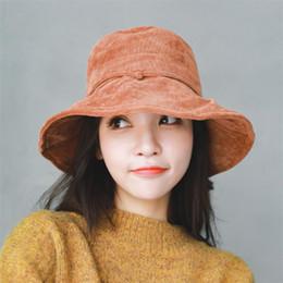 Sombrero del cubo del invierno de las muchachas online-IANLAN All-match Womens Solid Corduroy Bucket Hats Casual Sombreros de pescador Winter Girls Retro Gorras IL00319