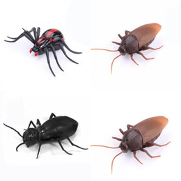 Wholesale toys ants - Simulation Cockroach Toy Remote Control Spider Tricky Animal Infrared Electric Ant Children Kid Roach Spider Hot Sale 27rr V