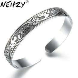 viti nere Sconti intera venditaThai Argento retrò argento nero braccialetto moda nuovi modelli femminili plum vite lascia gioielli di alta qualità braccialetti