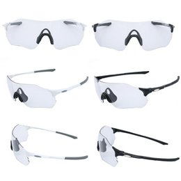 Scolorimento degli occhiali da sole online-Ciclismo anti-UV Ciclismo Occhiali Sport all'aria aperta in esecuzione Goggle Mountain Bike Biciclette attrezzature ciclismo occhiali da sole