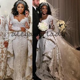 vestidos de novia saab manga Rebajas Lujo de encaje de cristal de manga larga vestidos de novia con Overskirt 2018 Más el tamaño Kaftan Caftan Elie Saab Castillo Dubai vestido de novia nupcial