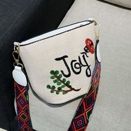 2019 bolso de hombro bordado a mano JHD Bolsa de paja bordado Tejido a mano Bolsas pequeñas Verano Crossbody Mini Bolsas Hombro lindo para mujeres bolso de hombro bordado a mano baratos