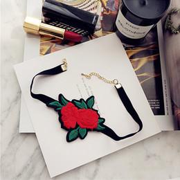 Folk rose on-line-Bordado Collar Pano Colar Mão feita Rose Exquisite Folk-costume Colar