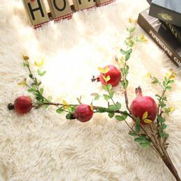 Bastoni di fiori artificiali online-Melograno Frutta Fiore Artificiale Seta Bastone di Soia Bacca di Nozze Simulazione Falso Fiori Rami Secchi Arredamento Per La Casa Decor 11 8fh jj
