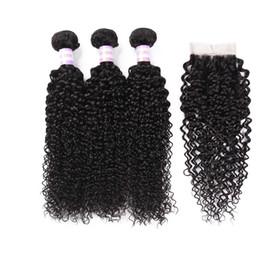 2019 marcas de tejido de cabello humano Pelo rizado rizado malasio con cierre Paquete de TOMO 3 ofertas con cierre Rizado rizado malasio de cabello humano con cierre