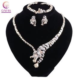 Argentina Conjunto de joyas Cynthia para mujer moda de la boda Collar de cristal de leopardo color oro pendientes pulsera accesorios Suministro