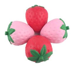 Encantos espinhosos jumbo on-line-Squishy 12 cm Morango Grande Jumbo Fruta Simitation Fruitage Squishy Brinquedo Perfumado Fidget Kawaii Lento Rising Charme Pingente de Brinquedo Das Crianças