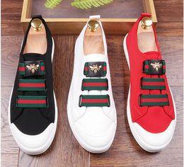 sapatas brancas vermelhas do loafer dos homens Desconto 2018 Homens Glitter Sapatos Dos Homens de Moda branco preto vermelho Apartamentos Ocasionais dos homens Designer de Sapatos de Vestido de Lantejoulas Loafers Plataforma de Condução dos homens sapatos