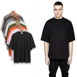 T-shirts blancs vierges en Ligne-Été Kanye West OVERSIZE Extended Hommes T Shirt Hip Hop Justin Bieber Vêtements Urbain Blanc Tee Noir Blanc Gris Tarmac Kaki