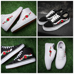 2018 new X AMAC Customs Women Men Skateboarding Shoes Rose Embroidery  Sports Old Skool Skate Womens Casual Canvas Shoe Size 5-10 06e91f4ef