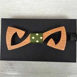 Traje de pajarita roja online-Nuevo 2016 Red Xin hecho a mano superior de moda divertido de madera corbata de lazo traje Bowtie boda negocio lazos del banquete para los hombres de madera pajaritas