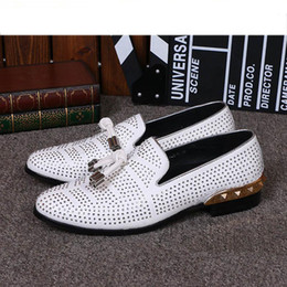 Wholesale top italian shoes for men - Top Brand Italian Shoes for Men Big Size Designer's Flat Dress Shoes Men Casual Business Dress Shoes Wedding Party Footwear White