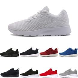 Bonnes chaussures de tennis en Ligne-Tanjun 3.0 Tanjun Noir blanc Hommes Chaussures de course à pied 1 Londres Olympique Bon Coureurs Hommes Chaussures de sport Sneaker Taille 36-45 Livraison gratuite