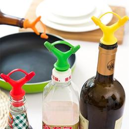 Wholesale Nozzle Oil - Double Head Sauce Oil Bottle Mouth Stopper Liquid Pourer Kitchen Tool Oil Bottle Mouth Stopper Bottles Nozzle Caps IB633