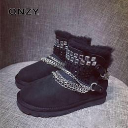 QNZY 100% naturale di alta qualità di pelliccia di pecora uno strass neve stivali femminili fibbia catena di metallo breve stivali invernali scarpe calde supplier rhinestone snow boots da scarponi da neve in strass fornitori