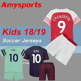 Juego de niños 2019 Arsenal camiseta de fútbol verde tercera AUBAMEYANG MKHITARYAN OZIL JERSEY LACAZETTE XHAKA TORREIRA camiseta de fútbol para niños jóvenes desde fabricantes