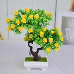 2019 bonsai al coperto fiorito Mini plastica artificiale bonsai alberi arte vasi vassoio falsi piccoli fiori rosa per la casa coperta gif decorazioni di Natale sconti bonsai al coperto fiorito