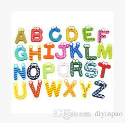 Magneti del frigorifero di parole Bambini Bambini Magnetico adesivo di legno Alfabeto di fumetto Istruzione Apprendimento Giocattoli Decorazioni per la casa Spedizione gratuita da