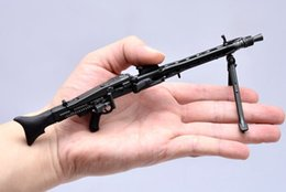 """Wholesale Weapon Guns - 1:6 Scale Metal Toy Gun Weapons DRAGON WWII German MG42 Machine Gun Model Cosplay Guns Gift Collection Fit 12"""" Action Figure"""