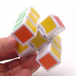 Geist würfel online-New 1x3x3 Magic Cube Weiß Puzzles Cube Kinder pädagogisches Spielzeug-Spiel-Geschenk Kid Mind Game Teaching einlagig Magic Cube