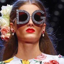 Wholesale mixed diamonds - Round Sunglasses for Women Men High quality New Diamond Sunglasses Luxury Eyeglasses