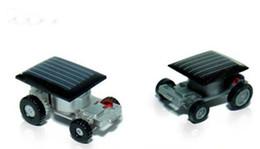 Mini robot solar online-Nuevo Lindo Poder Solar Robot Insecto Bug Locust Grasshopper Toy Energía Solar Mini Toy Car Moving Racer Enseñanza Gadget