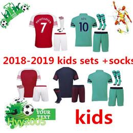2018-19 ArsENal kids football jersey sets+socks 2018-19 arsenal home Away  third boys kit + socks ALEXIS WILSHERE OZIL football shirts suit fb29e7952