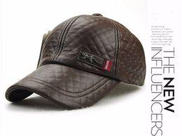 Nueva moda de alta calidad de imitación de cuero Cap otoño invierno  sombrero snapback ocasional gorra de béisbol para hombres mujeres sombrero  al por mayor 460e2635af5