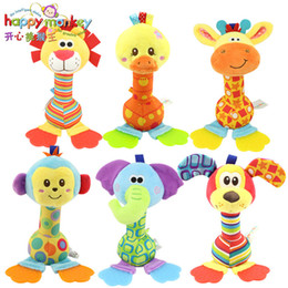 tipos de brinquedos para bebês 12 meses Desconto 22 cm chocalhos bebê brinquedo de pelúcia macia mão sino com mordedor modelo Animal elefante macaco do bebê brinquedos infantis 0-12 meses brinquedos
