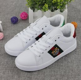 Wholesale man shoes leather snake - popular new arrival men women Casual Shoes BEE snake tiger sneakers athletics Shoes white 3colors