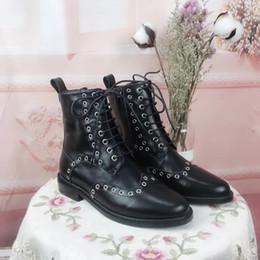 tacco alla moda delle scarpe da donna Sconti Autunno Inverno Moda Donna Ankle Martin Stivali 2018 Nuovo arrivo Elegante Ladies Low Chunky Heels Casual Shoes Real Leather Motorcycle Boots