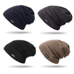 2019 regalo freddo inverno del Mens fatto a mano multi colori del filato di lana Resistenza a freddo Beanie Cap in vendita da