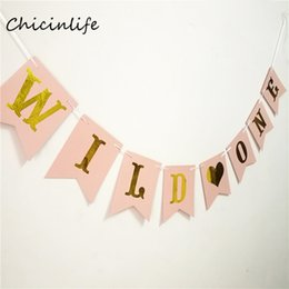 baby shower signs Sconti Chicinlife 1set Wild One Banner Primo compleanno Segno Baby Shower Decoration 1 ° Compleanno Decorazione Party Puntelli