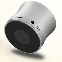 Bluetooth Mini-Lautsprecher EWA A109 Portable Wireless Mikrofon Mikrofon Sound-Box TF-Kartensteckplatz MP3-Player Hands-free-Handy Super Bass 2018 gut von Fabrikanten