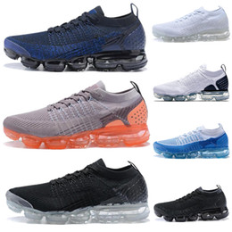 Скидка на муху онлайн-2018 Новый Fly Kintting воздушной подушке 2.0 тройной черный белый кроссовки модельер высокое качество Спорт скидка Повседневная обувь на продажу