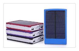 Argentina Bancos de energía del teléfono Cargador solar y batería 30000mAh Panel solar Banco de energía portátil con doble puerto de puertos para todos los teléfonos móviles de mesa PC MP3 cheap battery charged cell phone chargers Suministro