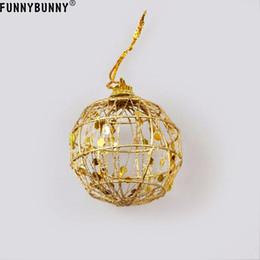 FUNNYBUNNY 6Pcs / Set Hollow Christmas Tree Decorative Ball Decorazione per ornamenti per feste in oro cheap gold christmas ornaments balls da oro ornamenti d'oro palle fornitori