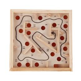 Juguetes educativos para niños Juego de rompecabezas de madera Laberinto Puzzle Rompecabezas Juguete Mini Laberinto Juguete de desarrollo intelectual desde fabricantes