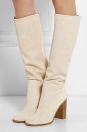 Botas altas de botas bege on-line-2018 mulheres botas de cor bege branco joelho botas de salto alto robusto design elegante sapatos de festa mulheres alto gladiador botas