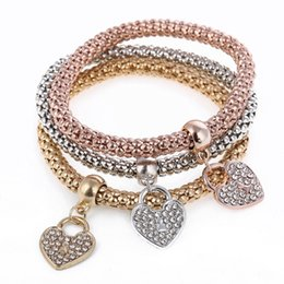 Wholesale Three Stretch - Hot Selling Fashions beautiful Personality Three-color Stretch Corn Chain Diamond Love Heart Bracelet free shipping HJ174