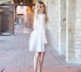 Robe de cocktail courte usée des célébrités en Ligne-2018 robes de cocktail courtes bijou au genou longueur tulle dentelle manches longues robes de célébrités tenues de soirée de fête