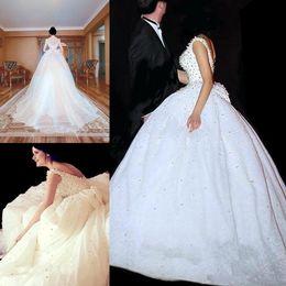 2019 robes de mariée perles de strass De luxe 2018 Nouvelle arrivée robe de bal robes de mariée perles cristaux strass perles robes de mariée dos nu robe de mariée robes de mariée personnalisé robes de mariée perles de strass pas cher