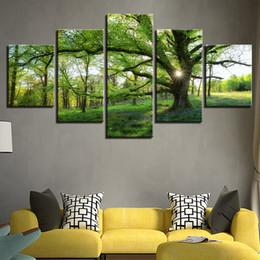 2019 pinturas paisajes de árboles Marco de pinturas de la lona HD Prints Pictures 5 Pieces Forest Green Trees Paisaje Posters Home Decor For Living Room Wall Art pinturas paisajes de árboles baratos
