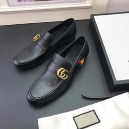 2019 zapatos de boda de cuña de alta marfil Marca de alta calidad Formal Vestido de zapatos para hombres suaves negro Zapatos de cuero genuino Poco abeja dedo del pie Hombres negocios Oxfords Zapato de cuero de negocios
