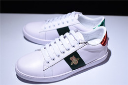 Wholesale top cock - Fashion Designer Mens Women Genuine Leather White Sneakers Bee Tiger Cock Stripe Embroidered Casual Shoes Top Quality With Box